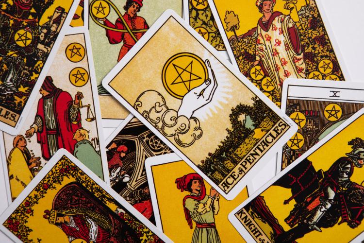 Presupuestos como cartas del Tarot